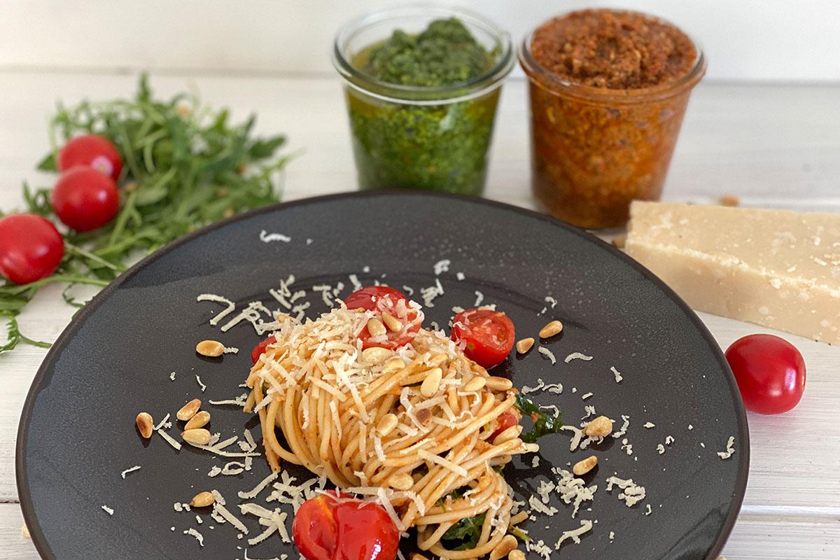 Spaghetti mit zweierlei Pesto